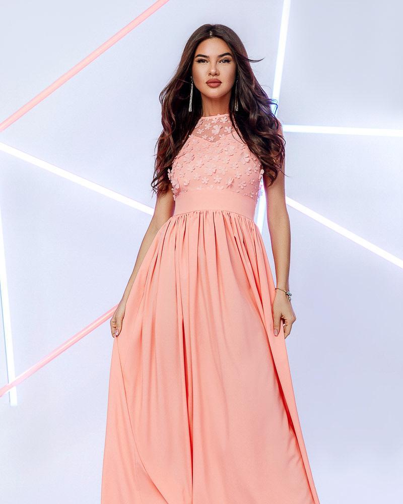 Платье с цветочным декором фото