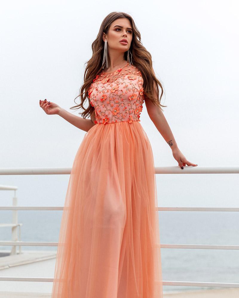 Цветочное платье-макси фото