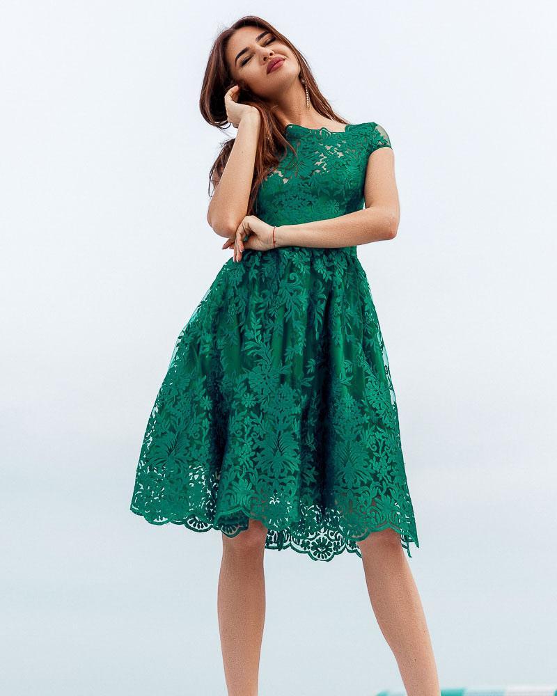 Платье с ажурным декором фото