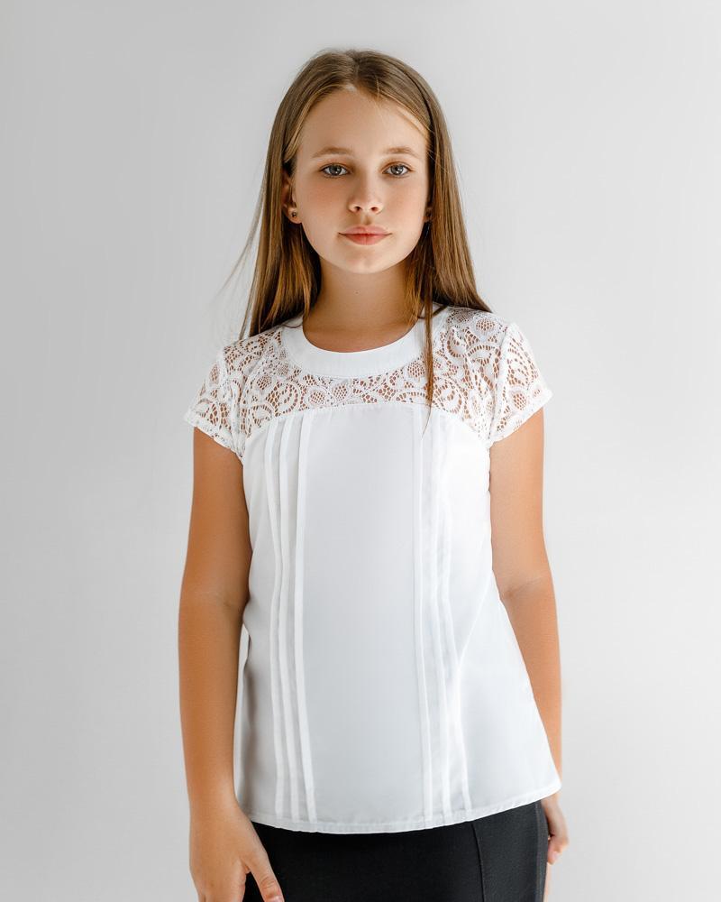 Блуза с кружевным декором фото