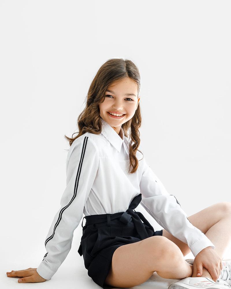 Блуза с контрастными лампасами фото