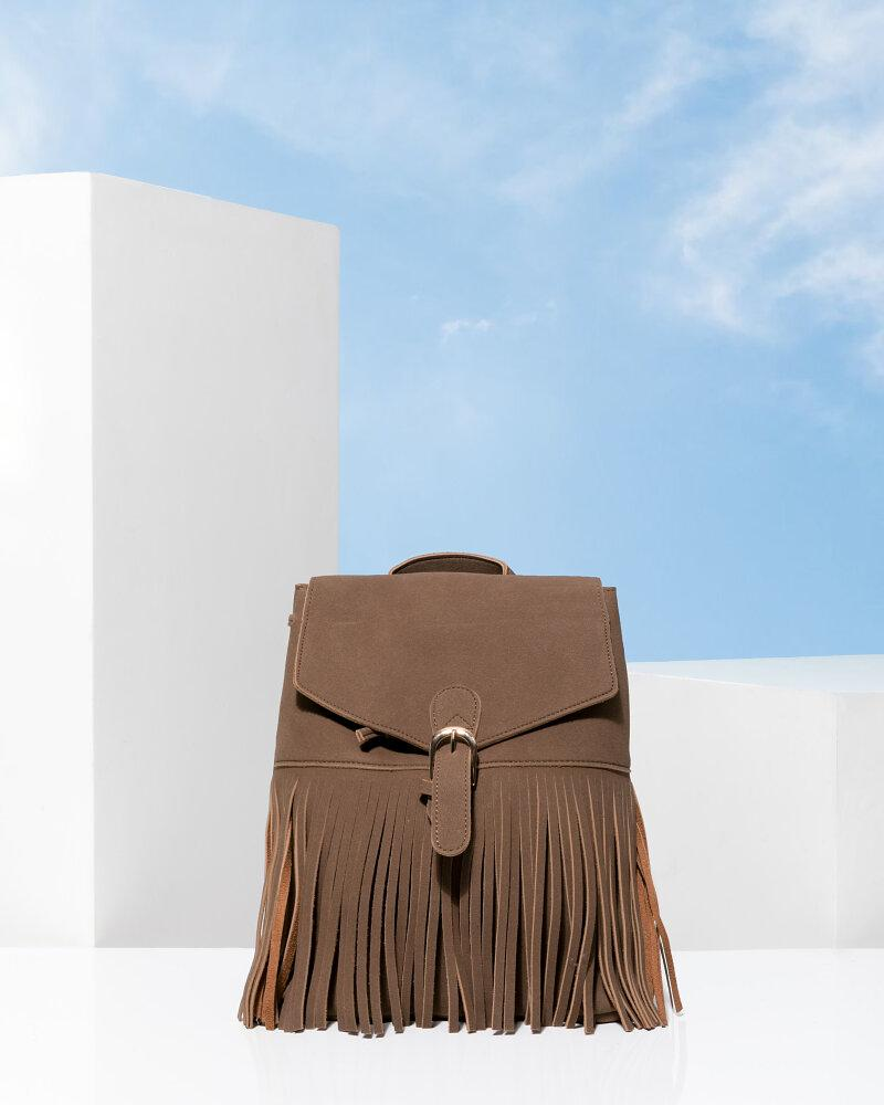 Стильный рюкзак с бахромой