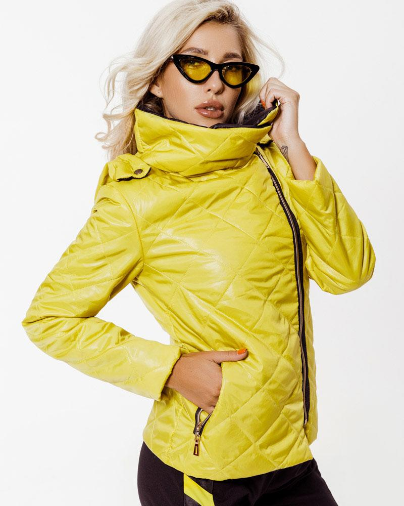 Куртка солнечного желтого цвета