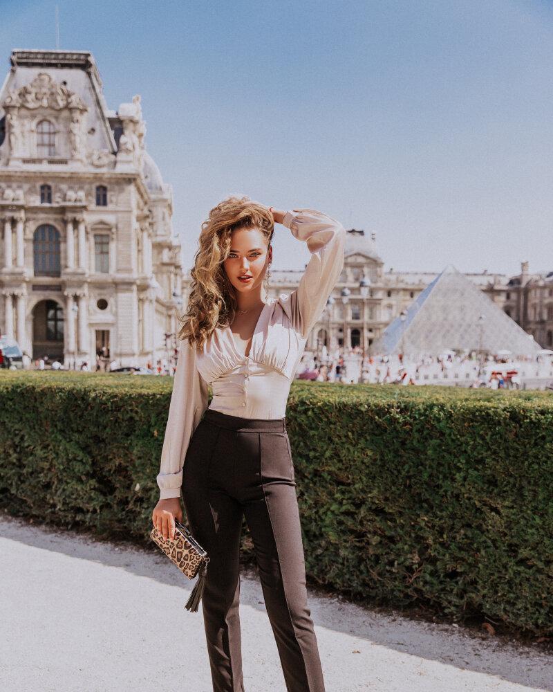 Витончена шовкова блуза от Gepur