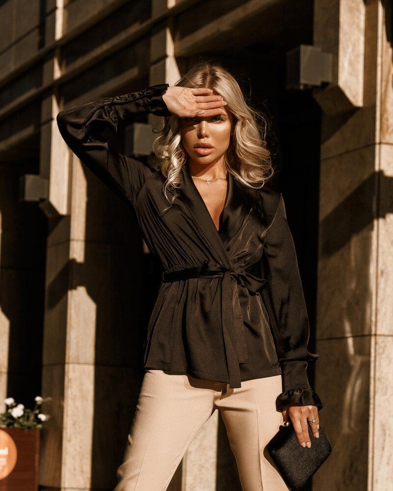 Чорна шовкова блуза от Gepur