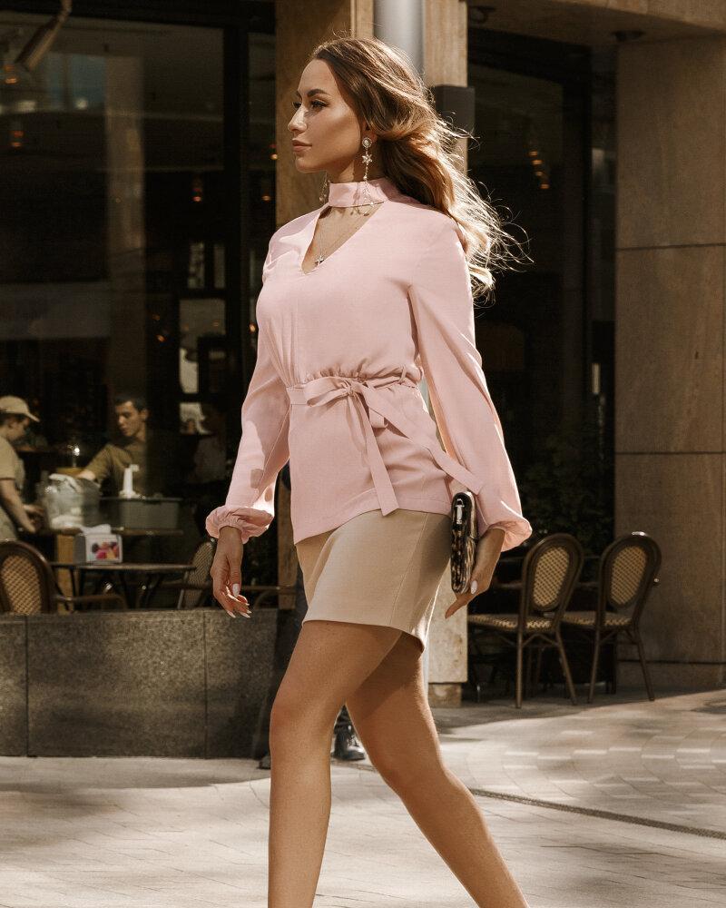 Персиковая утонченная блуза фото