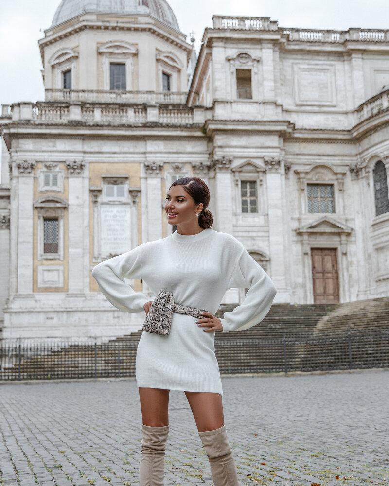 Трендовое теплое платье фото