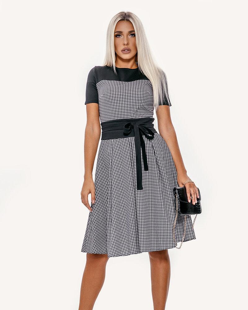 Трикотажное классическое платье фото