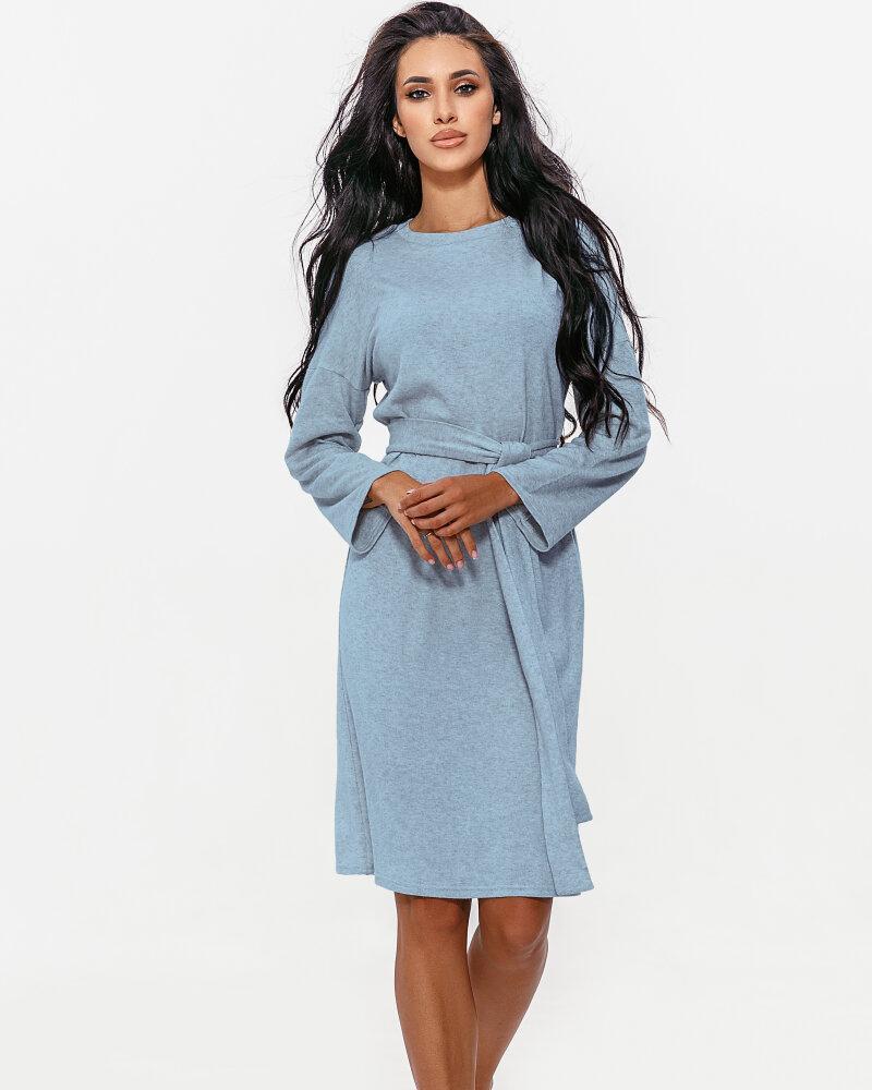 Уютное голубое платье фото