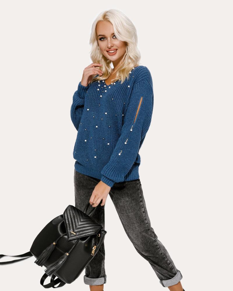 Пуловер с жемчужным декором фото