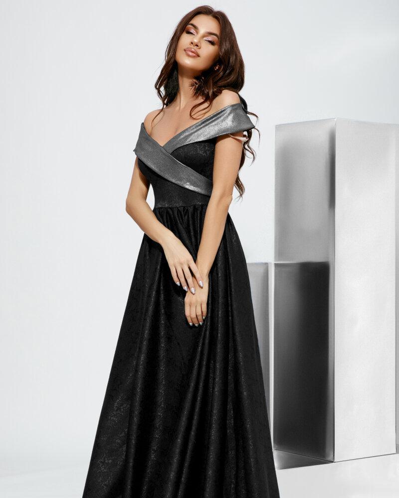 Платье с открытыми плечами фото