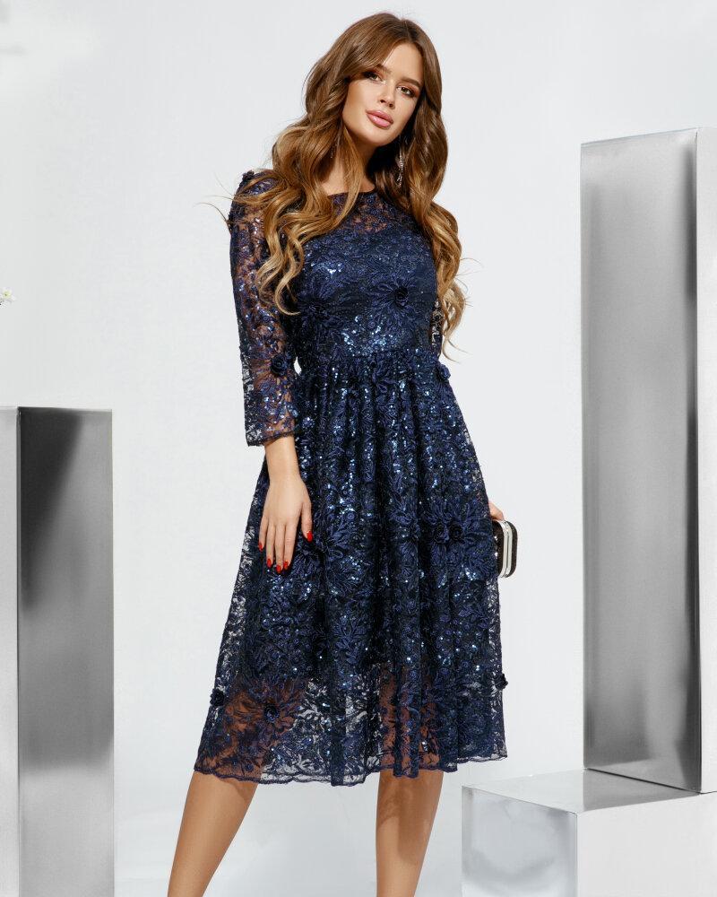 Платье с нежным кружевом фото