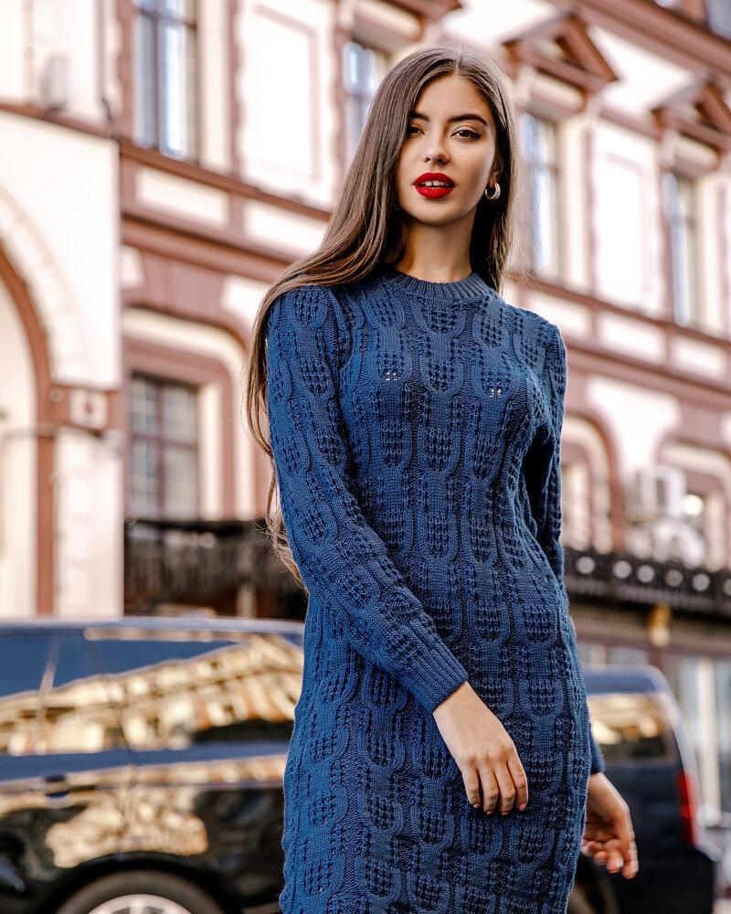 Вязаное платье-джемпер