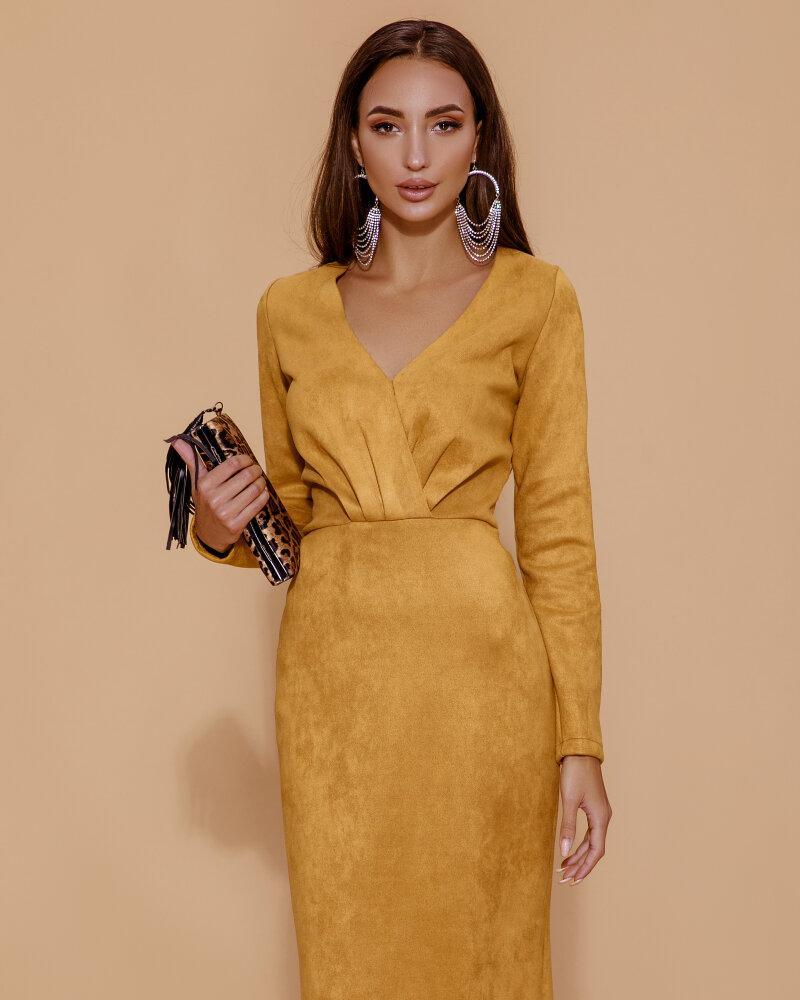 Замшевое платье медового оттенка фото