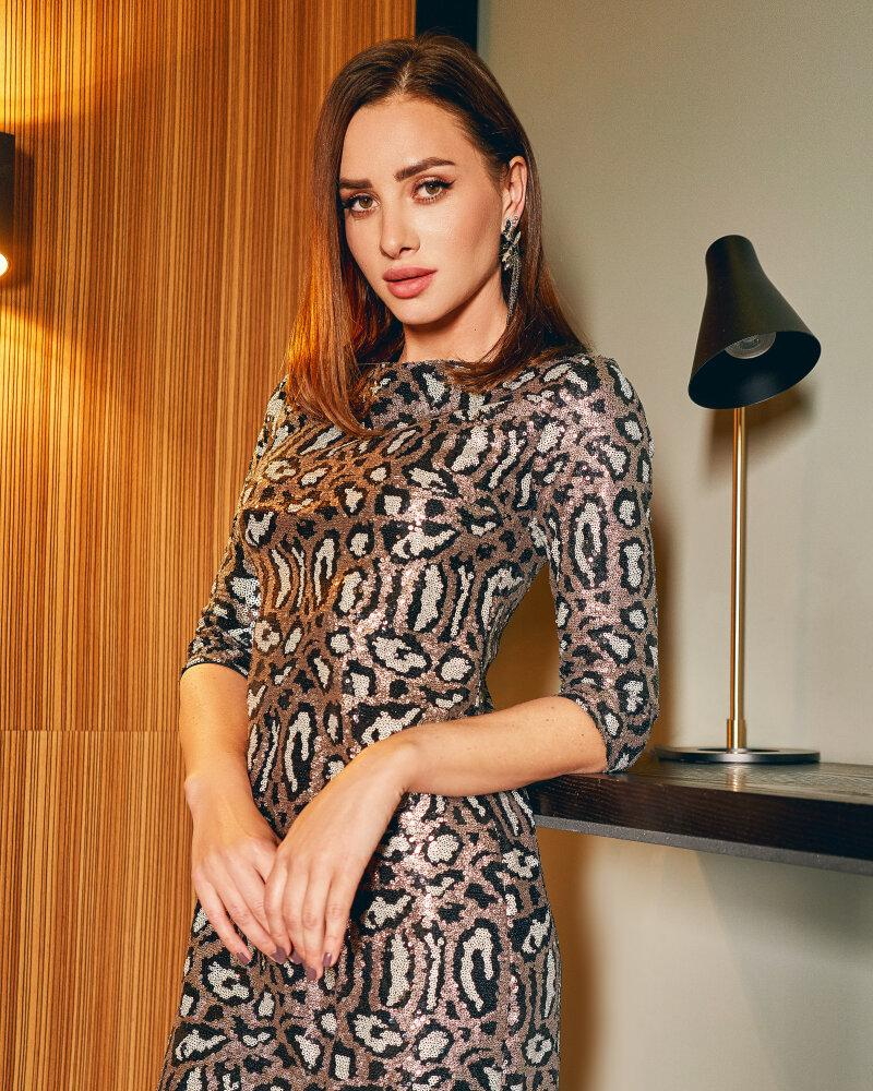 Модное платье с пайеткой