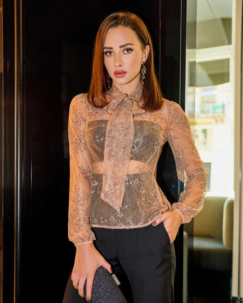 Женственная кружевная блуза фото