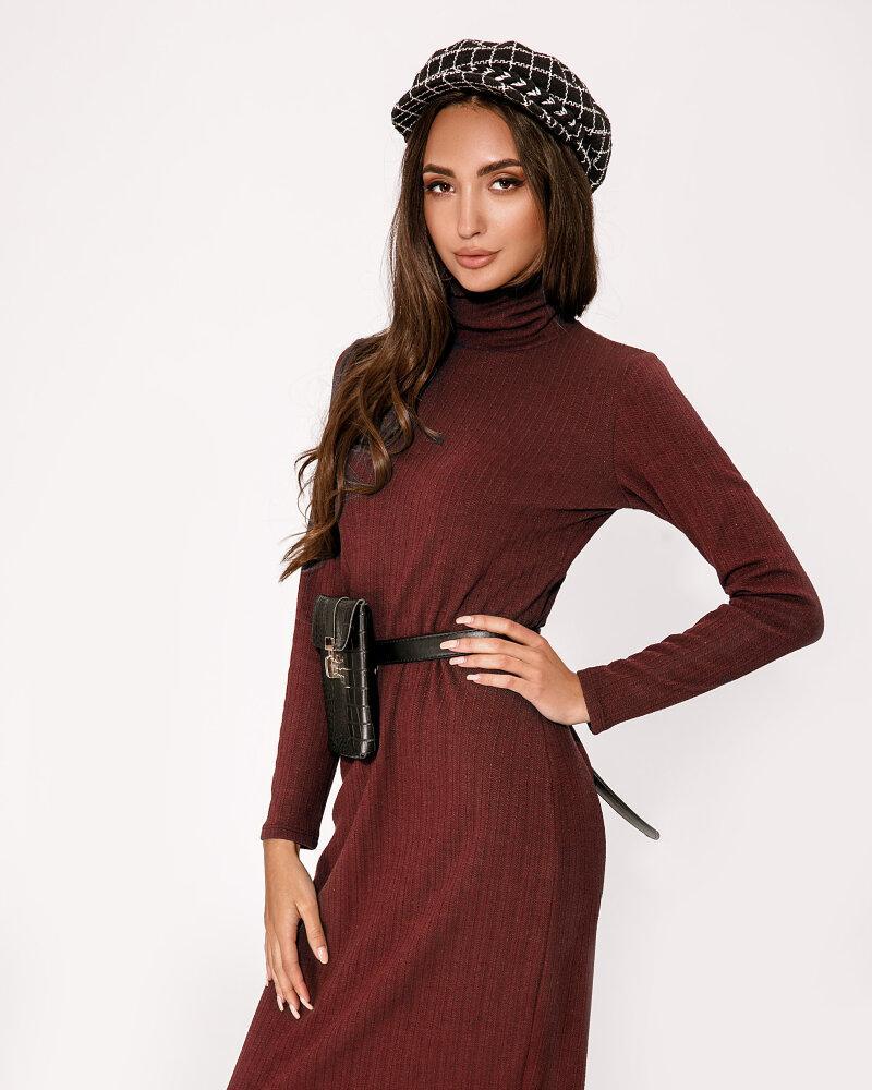 Трендовое платье-водолазка фото