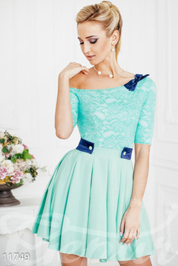 Dress on the shoulder with a circle skirt photo 1