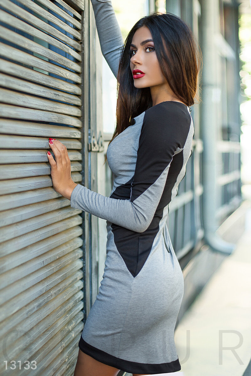 Feminine grey dress with contrasting panels