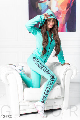 Tracksuit mint from diving photo 1