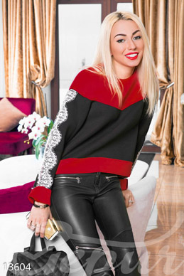 Black and red lace sweatshirt  photo 1
