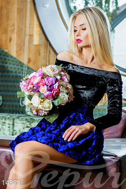 Luxurious velvet dress with taffeta skirt photo 1