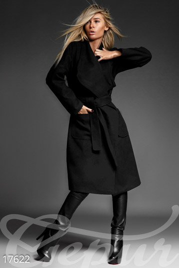 Feminine cashmere coat photo 1