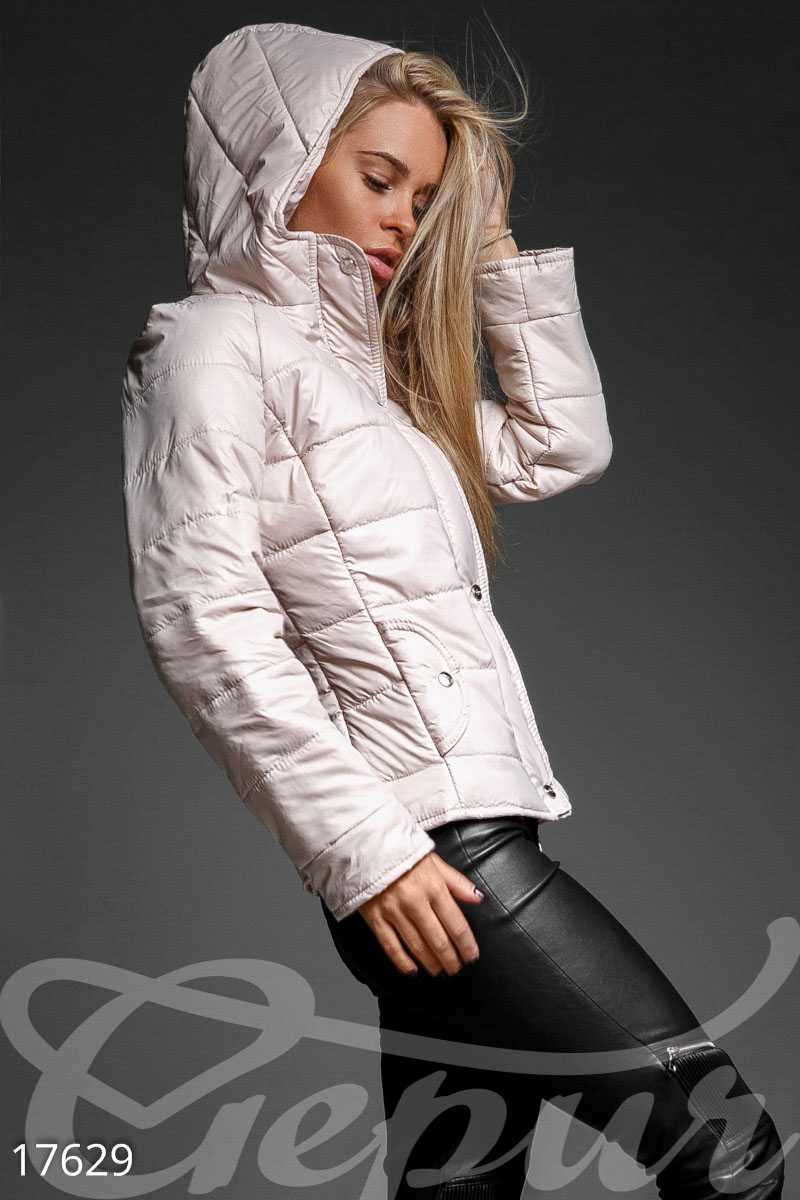 Fashionable quilted jacket
