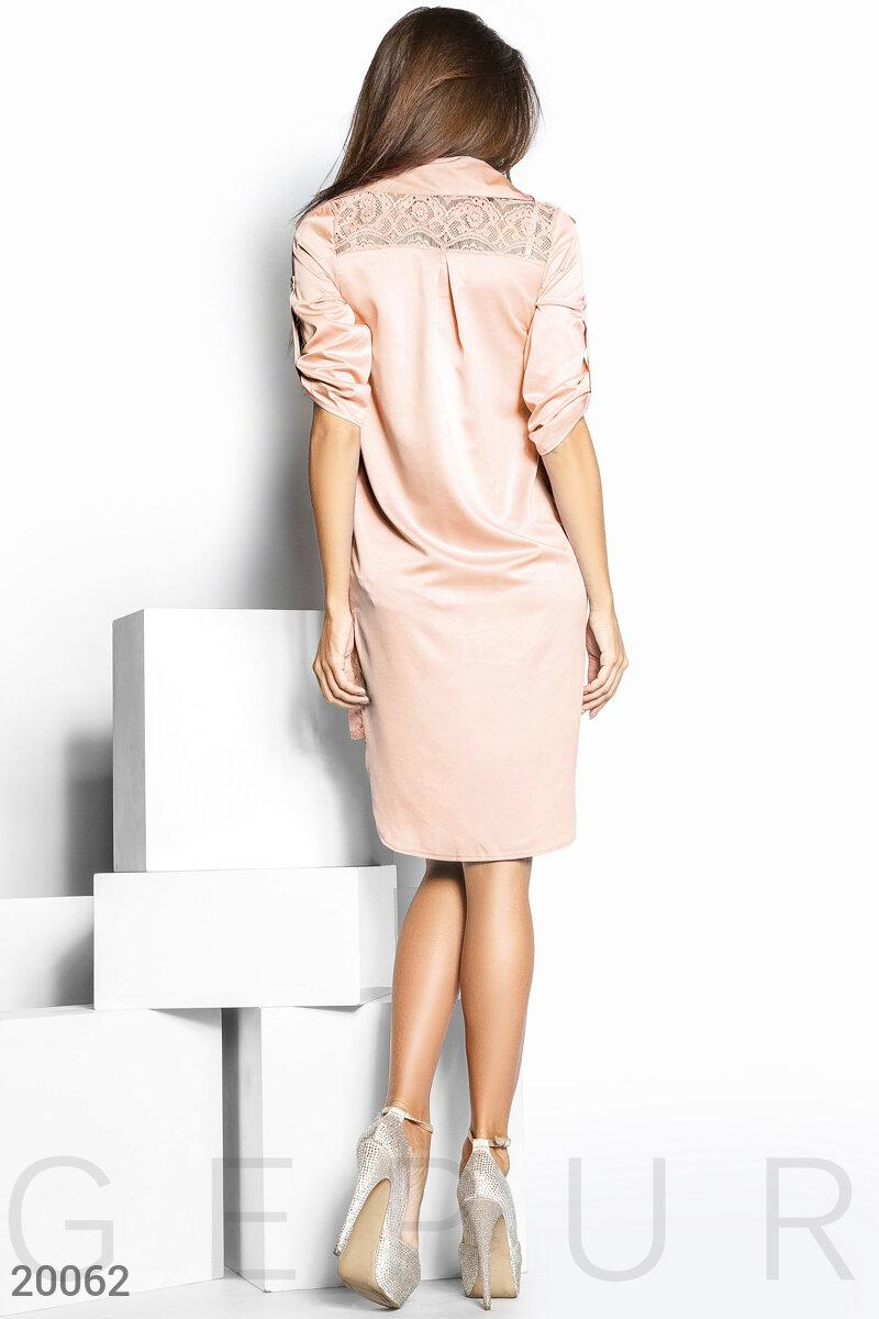 Шелковое платье на пуговицах