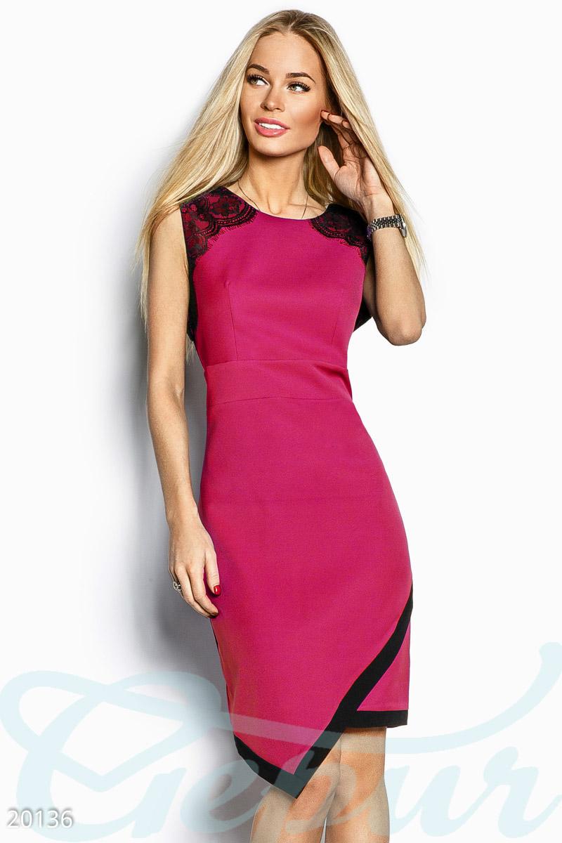 Асимметричное платье-футляр