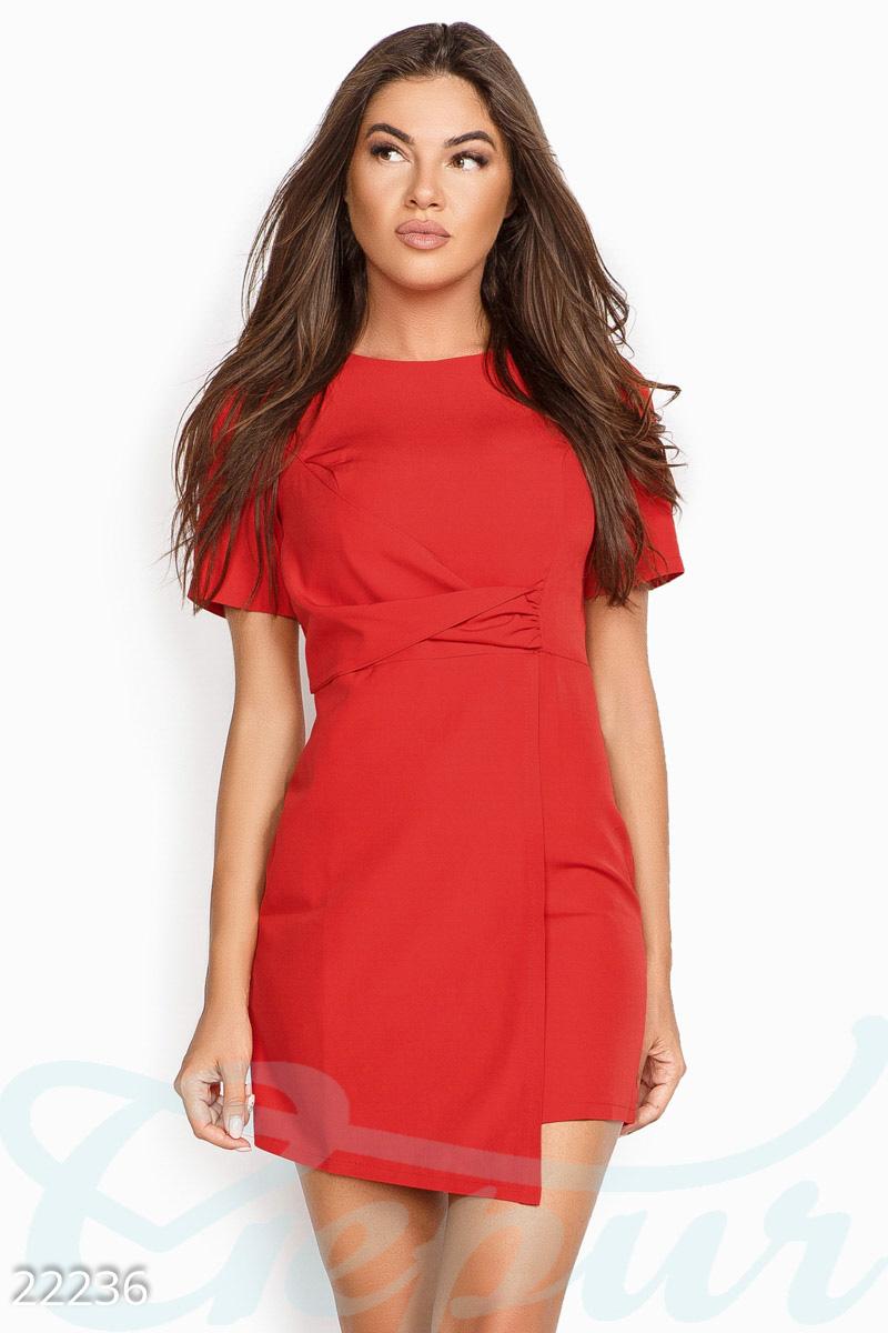 1b8b423adbd Летнее платье в деловом стиле с лаконичной кокеткой