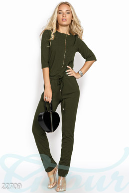 Jumpsuit with zipper photo 1