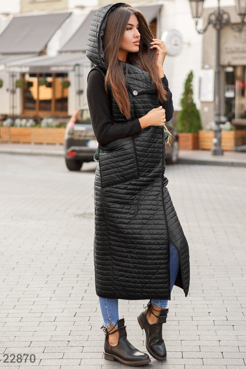 A lengthened quilted vest Black 22870