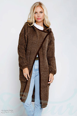 Long knitted cardigan photo 1