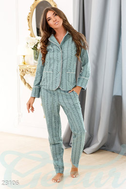 Warm women's pajamas  photo 1