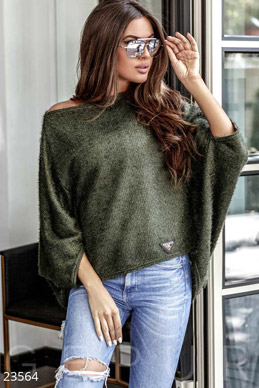 Cropped oversize sweater photo 1