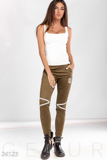 Trendy suede pants  photo 1