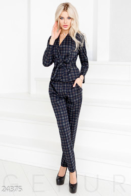 Pantsuit cell  photo 1