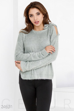 Soft knitted jumper photo 1