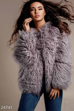 Fashionable eco-fur coat  photo 1