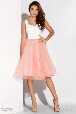 Airy tutu dress photo 1