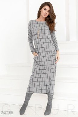 Warm dress cage photo 1