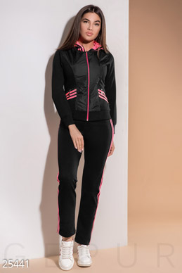 Elastic tracksuit  photo 1