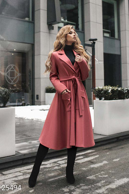 Elegant women's coat  photo 1