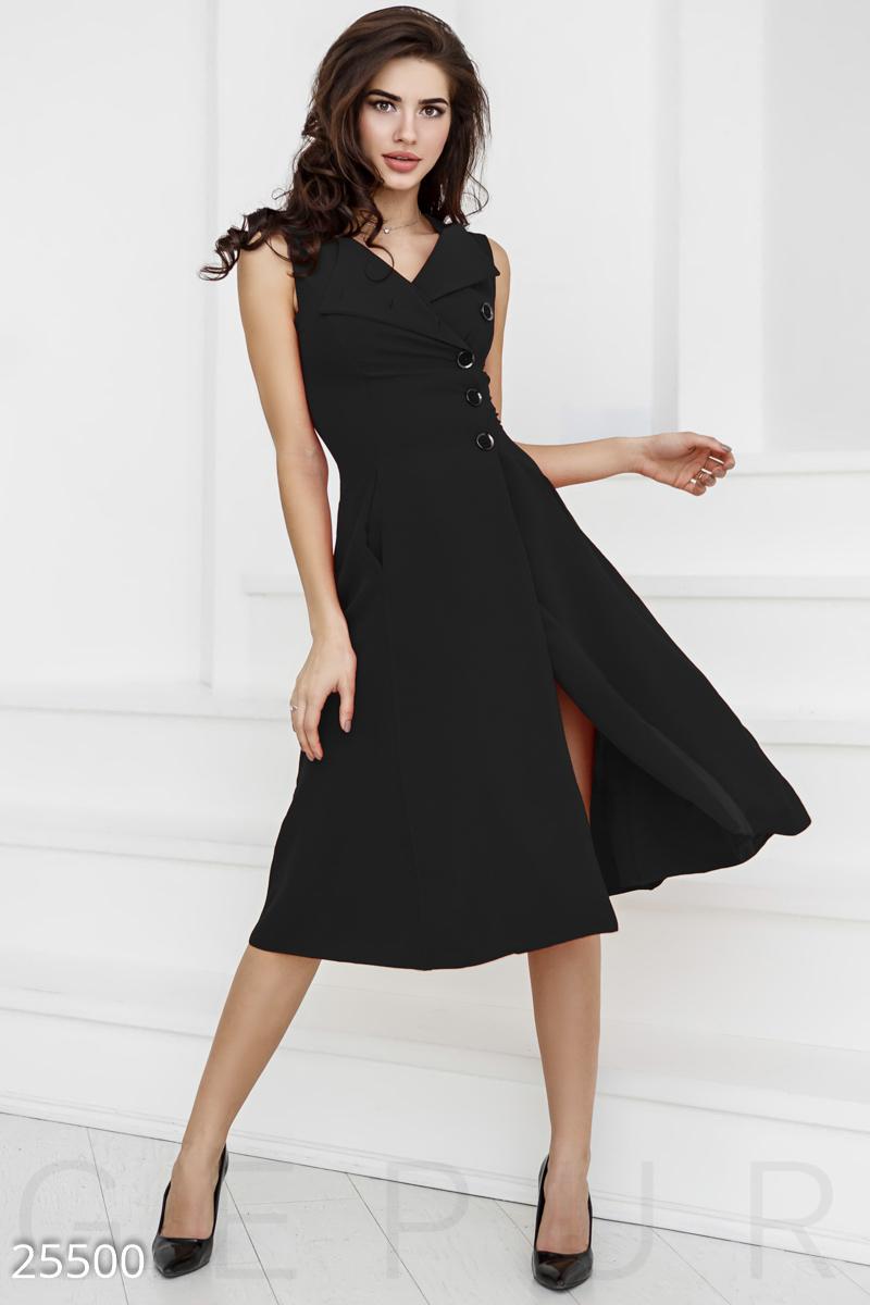Незвичайне плаття А-силуету  ефектна кокетка з акуратними лацканами і  асиметричною застібкою на гудзики і дві приховані кишені у швах. c0f0b09cfdbeb