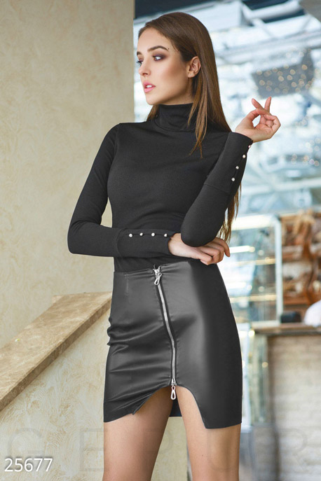 Оригинальная кожаная юбка