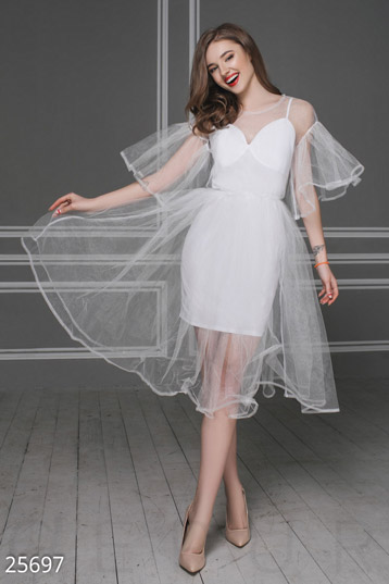 Air holiday dress  photo 1