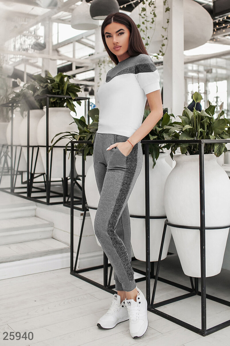 Suit with stripes Grey 25940