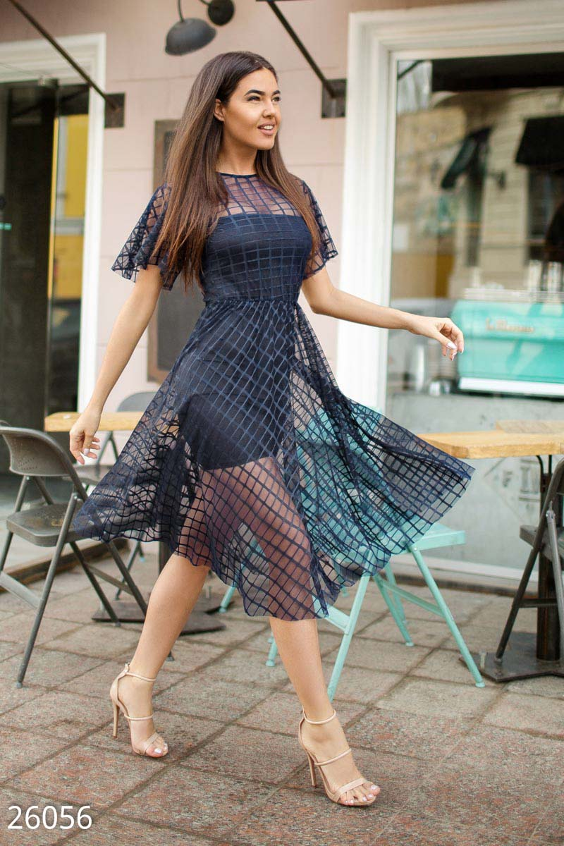 Воздушное платье-сетка