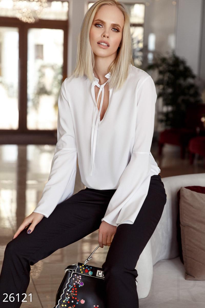 New Легкая монохромная блуза